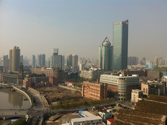 Broadway Mansions Hotel: View looing from roof 1