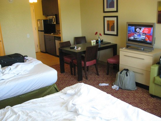 TownePlace Suites Des Moines Urbandale: studio suite with two queen beds