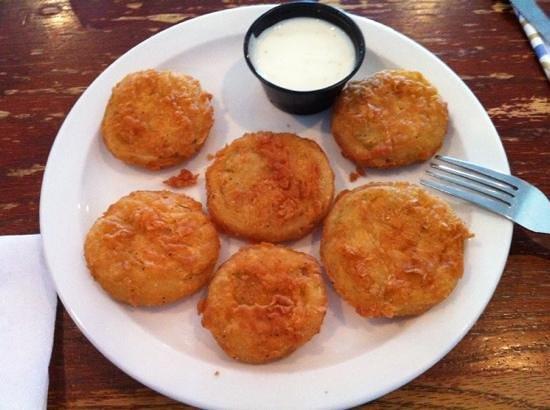 Nick's Bar-B-Q & Catfish Restaurant: fried green tomatoes