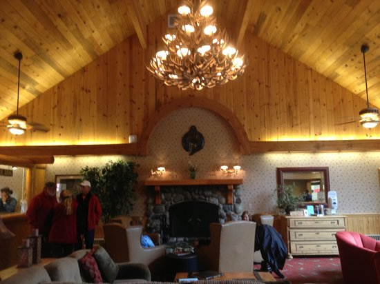 Kenai Princess Wilderness Lodge: Registration/reception area...