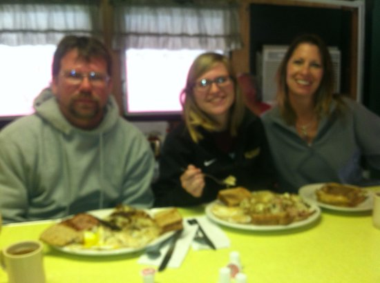 Letterman's Diner : Look how big our meals are