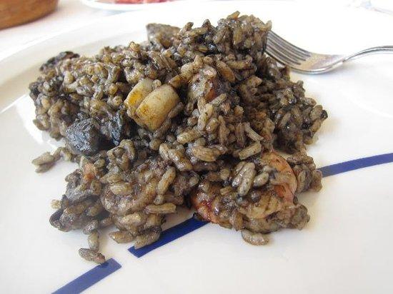 La Gavina : shared Arroz Negro