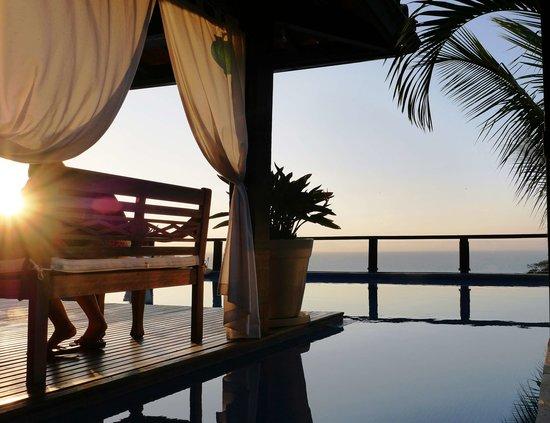 La Pedrera Small Hotel & Spa: deck atardecer