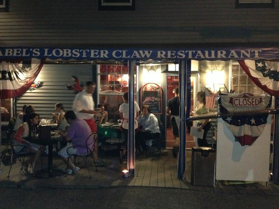 Mabel's Lobster Claw: View from Outside
