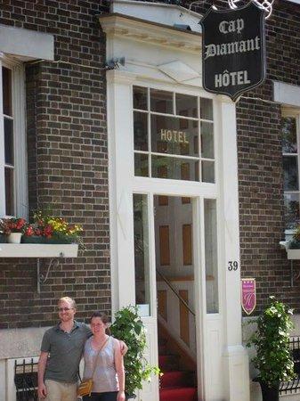 Hotel Cap Diamant : The entrance