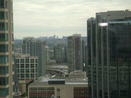 Four Seasons Hotel Vancouver: View out of our window
