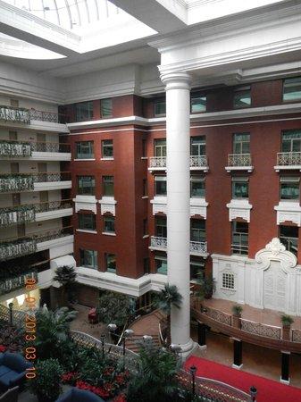Grand Hotel Beijing: interior atrium