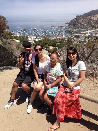 Catalina Island Visitors Bureau: Rented Golf cart/photo stop along route