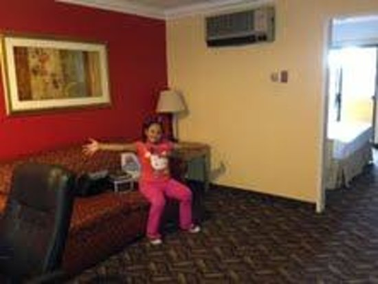 Best Western Moreno Hotel & Suites: living room