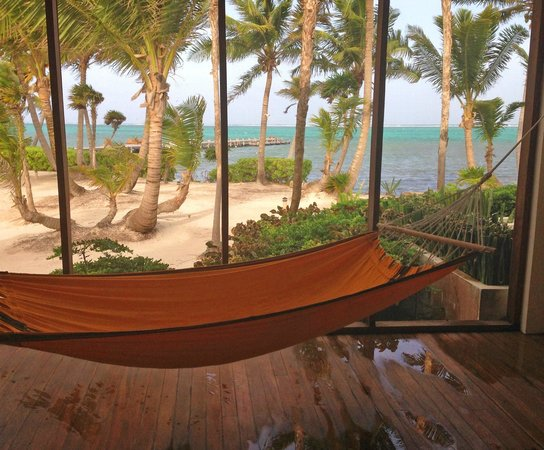 La Perla Del Caribe: view from the hammock sunroom
