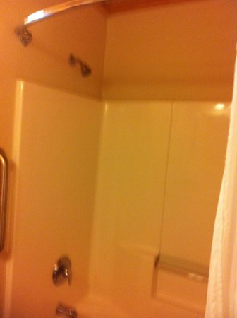 WorldMark New Braunfels: Shower/tub in 2nd bathroom