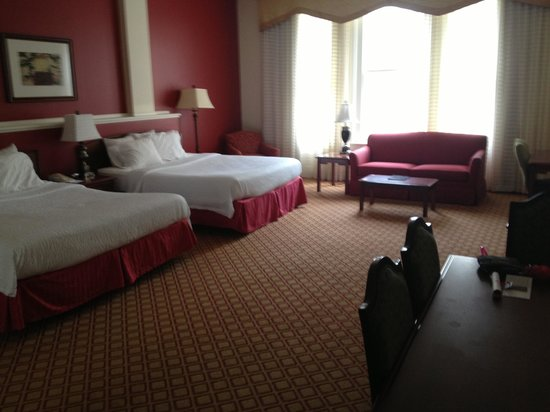 Residence Inn Cleveland Downtown: Our huge room