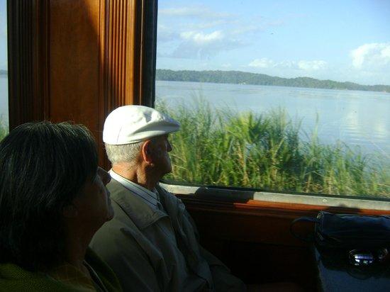 Panama Canal Railway Company: Mirando el paisaje desde el tren