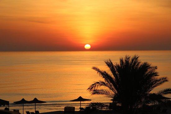 Coral Hills Resort Marsa Alam: Рассвет