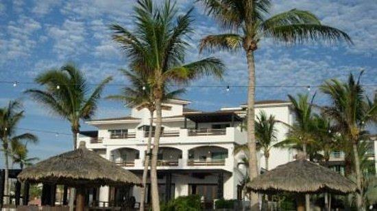 Cabo Azul Resort: Resort balconies