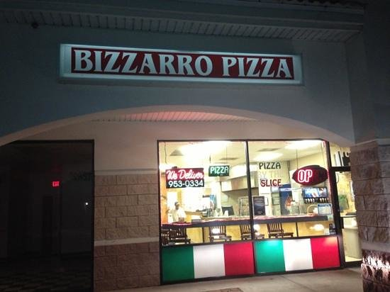 Bizzarro Pizza: This is the 635 So Wickham Rd Location