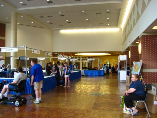 Lexington Convention Center: Lobby