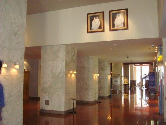 Radisson Blu Hotel, Doha: Lobby