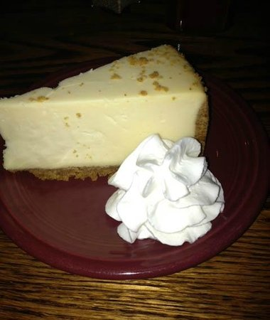 Chuck's Steak House: cheesecake was very good