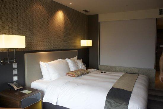 Royal Plaza Hotel: beds