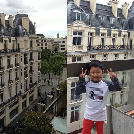 Warwick Paris : View from balcony