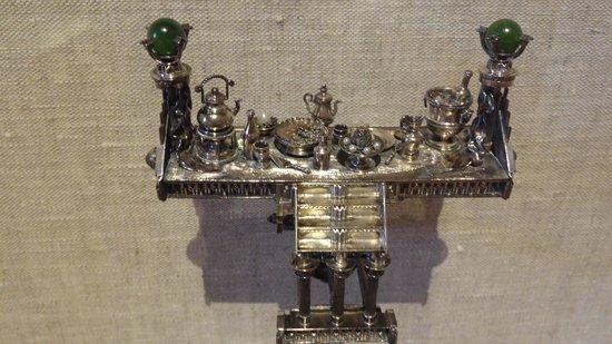 Renwick Gallery: Feast Bracelet
