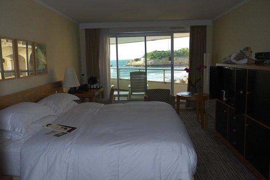 Sofitel Biarritz Le Miramar Thalassa sea & spa: First impression