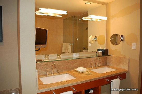 Four Seasons Hotel Silicon Valley at East Palo Alto: You even get a small TV in the bath!