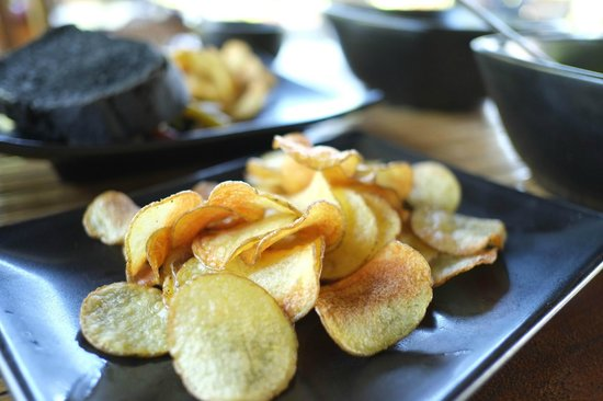 Sepilok Forest Edge Resort: Potato Crisp