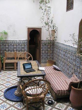 Riad Dar Iaazane: Pátio interno