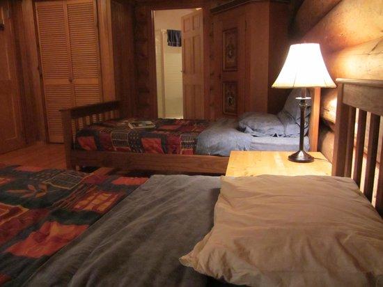 Terra Nostra Guest Ranch: cosy rooms