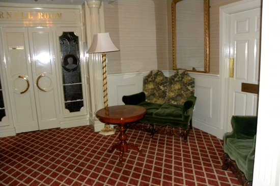 Granville Hotel: one of the many sitting areas in the hotel