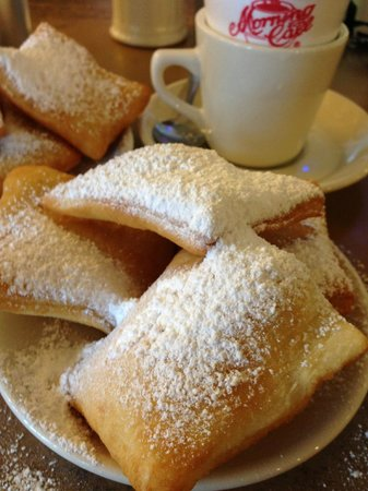 Morning Call: Cafe au lait and beignets