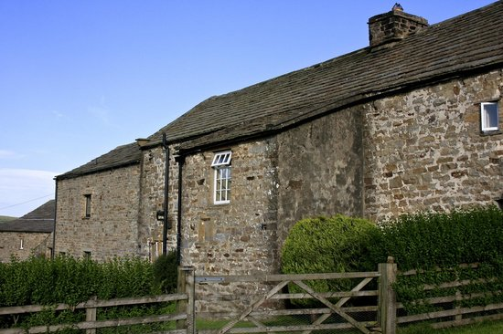 Gunnerside, UK: The Farmhouse at the front