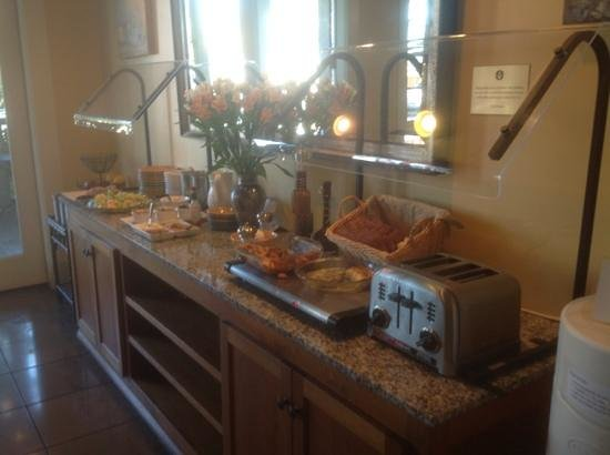 Inn at Sonoma, A Four Sisters Inn: breakfast buffet serving area