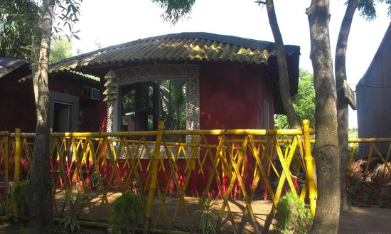 Tajpur Nature Camp : AC Room with out balcony