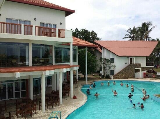 Turyaa Kalutara: Pool view