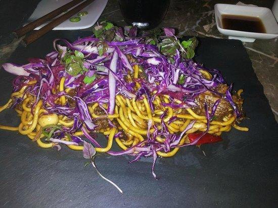 Makoto: Shortrib Yaki Udon w/veggies and noodles