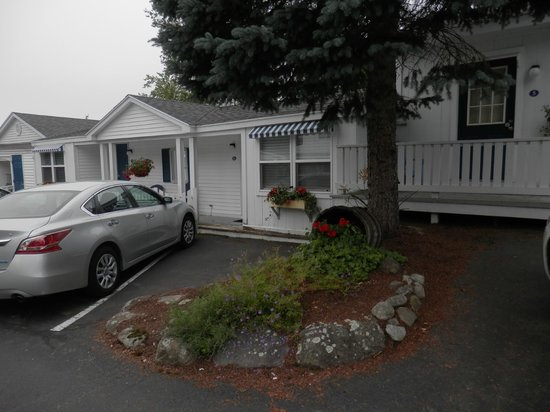 Glen Cove Inn & Suites : Our room was #6