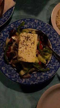 Petros Restaurant: Their greece salad