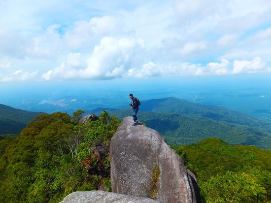 Gunung Ledang (Mount Ophir): our ninja guide
