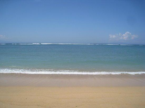 Sindhu Beach: PANTAI SHINDU BEACH