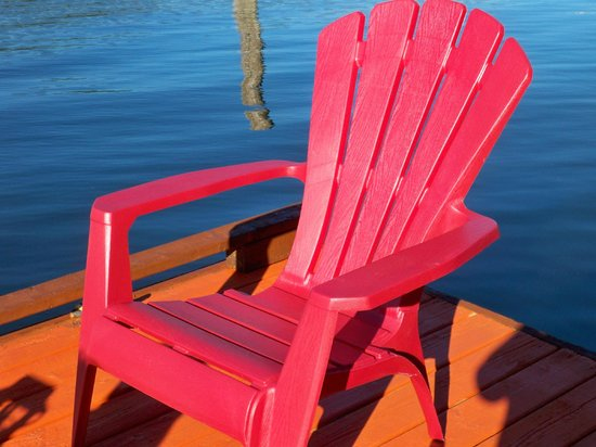 Oceanside Retreat: Big Red!