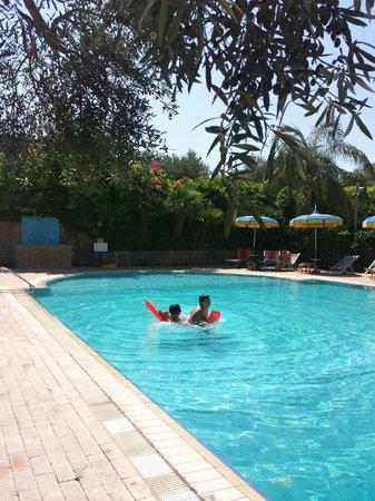 Hotel Il Corsaro: piscina