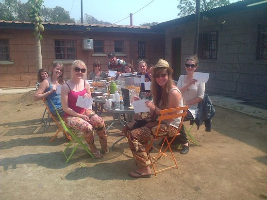 Paseli's Backpackers : Our guests from the UNWTO conference having  breakfast!!!