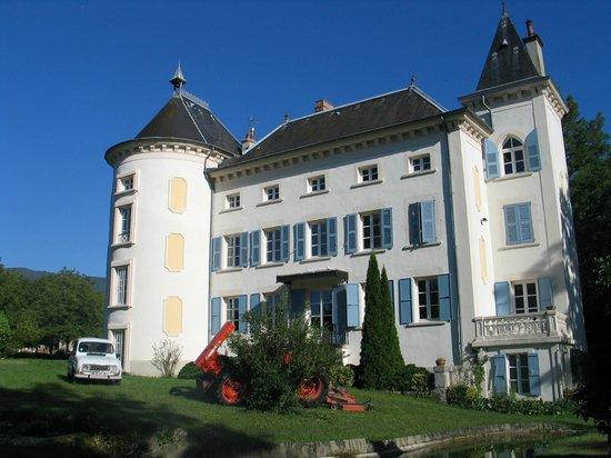 Domaine du Cholet bathed in sunshine