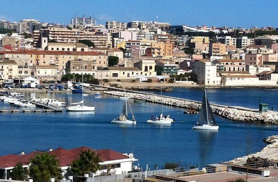 Ortigia sea view b b updated 2017 b b reviews price for Hotels in ortigia