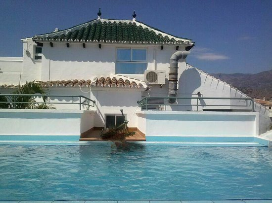 Hotel Plaza Cavana: piscina