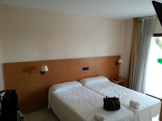 Prestige Bay Hotel: chambre