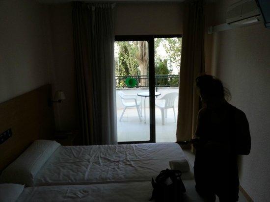 Prestige Bay Hotel : chambre
